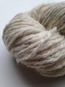 la jasmina llama yarn detail
