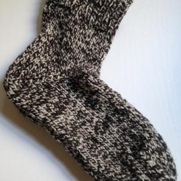 Easy 2 needle knit socks